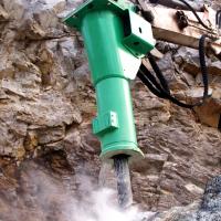 martello-escavatore-ecg-noleggio